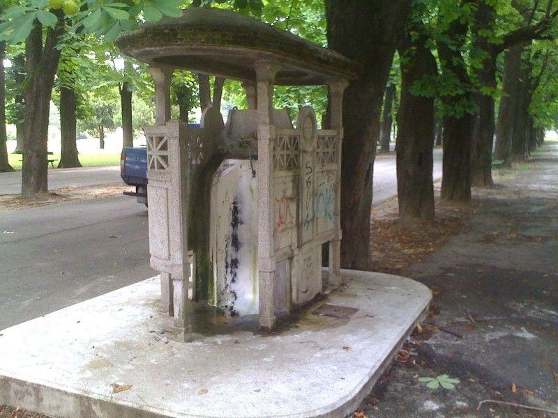 Riparato il vespasiano dei bagni pubblici dei giardini - Bagno vespasiano ...