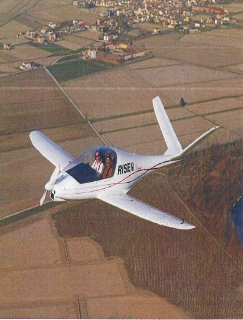 Record mondiale di velocit per l 39 aereo costruito a casale for Cappa arredamenti casale monferrato