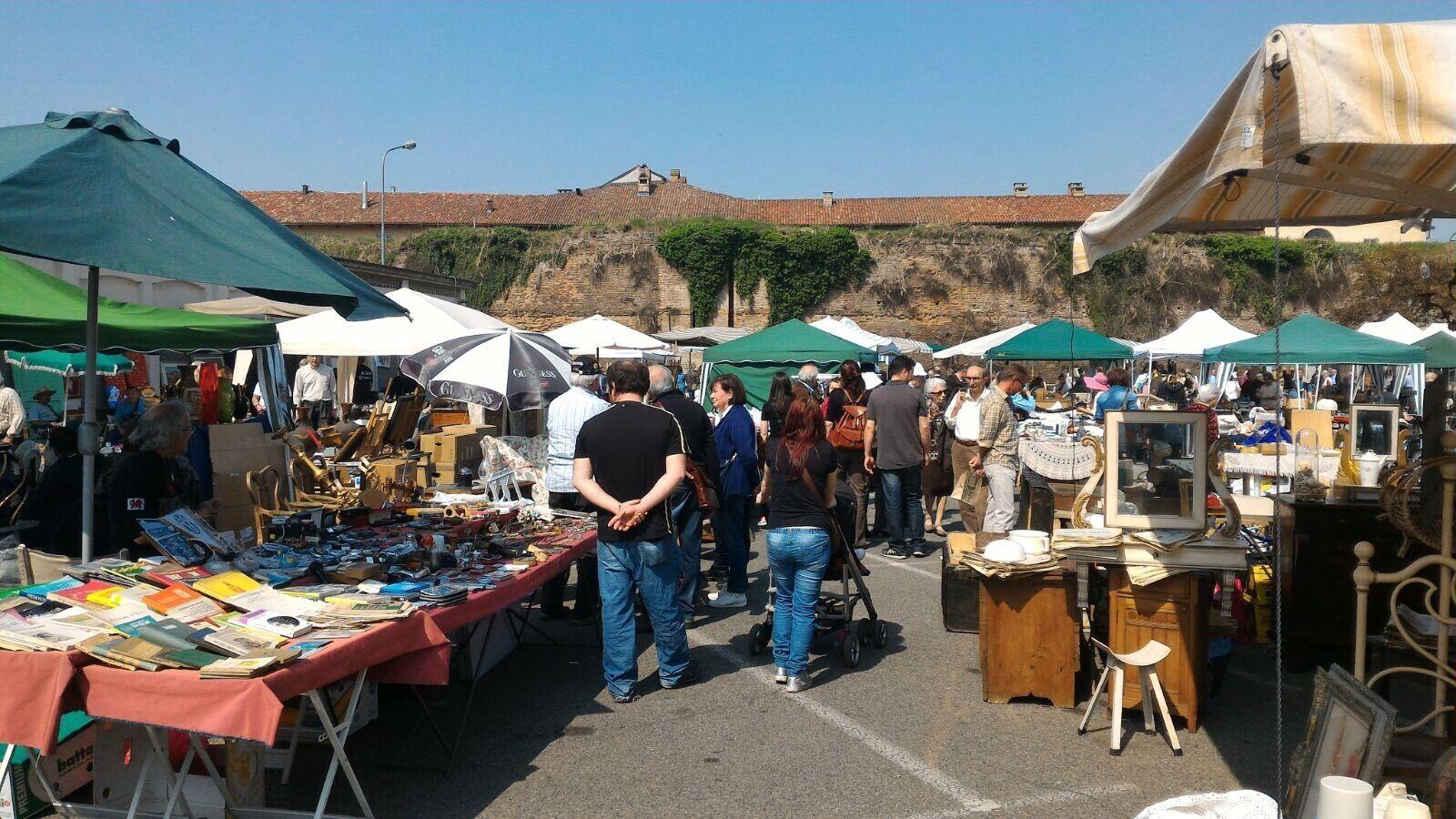 Un 39 edizione speciale del mercatino dell 39 antiquariato - Mercato antiquariato casale monferrato ...